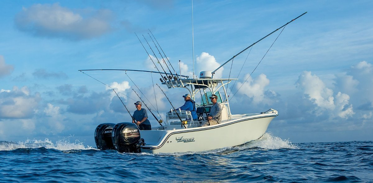Saltwater fishing boats manufacturer directory boaterinput for Offshore fishing boat manufacturers