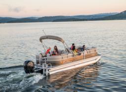 Pontoon Boat Buyer's Guide